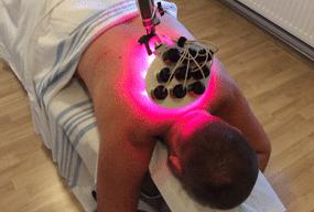 Laserterapi behandling med laserlys mod sportsskader, overbelastninger, betændelsestilstande.